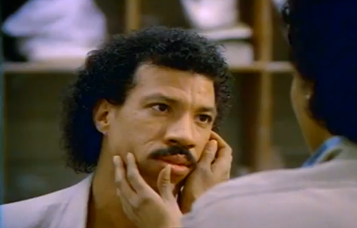 Lionel Ritchie, is it me?